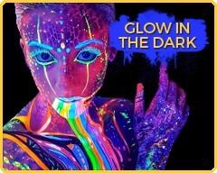 Maquillage qui brille dans le noir